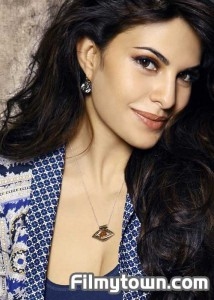 Jacqueline Fernandez, homes for flood victims