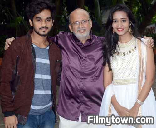 Vijay Gite, director Subhash Phadke and Kadambari Danve